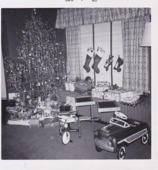 Holly Hills Christmas